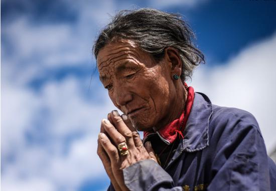 念佛的人有三种,你是哪一种?(摄影:在路上)