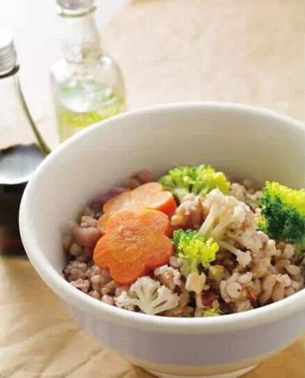 素食养生:双色花菜饭