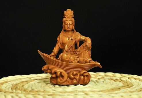 我们应当向佛菩萨学习什么精神