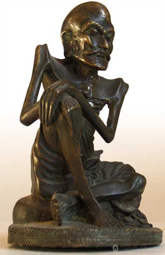 海外私家典藏中国青铜佛像:苦行释迦佛坐像