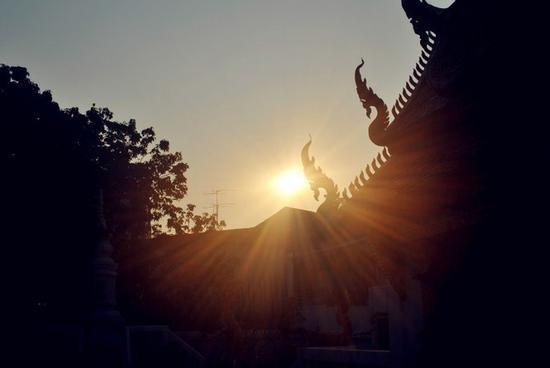 详解佛教十九种日常修持法门