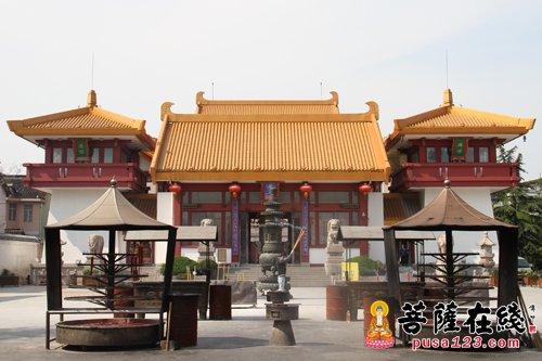 香火日隆,寺院日盛