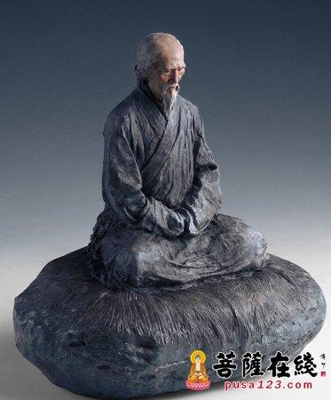 虚云大师雕像