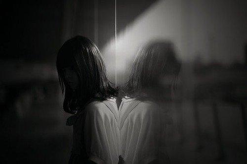人被称为万物之灵,每个人内心深处都有灵性的一面,都有对终极价值的渴求
