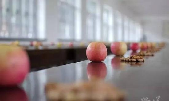 寺院的水果能不能拿走呢?