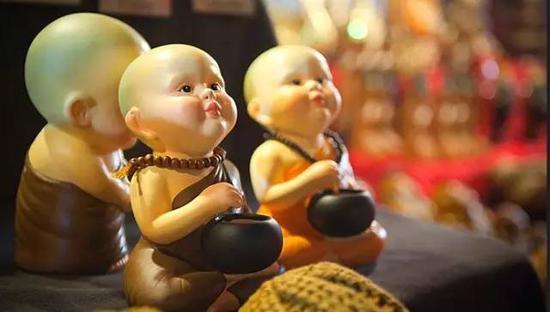 家庭是道场,生活作佛事。慈悲感恩和为贵,忍辱包容是妙方。