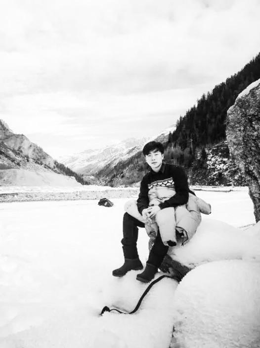大头儿子在阿尔卑斯山。已漂洋过海千万里之外,妈妈的牵挂,化为永远的祝福……