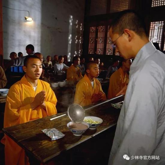 佛教知识:随众过堂