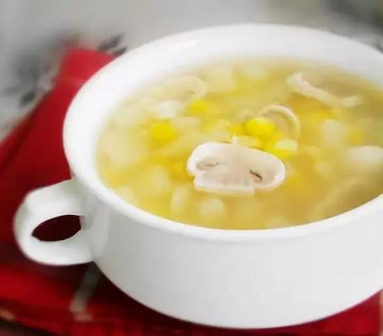 素食养生:蘑菇玉米瘦身汤