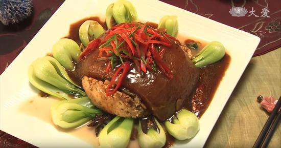 素食养生:红烧元宝(图)