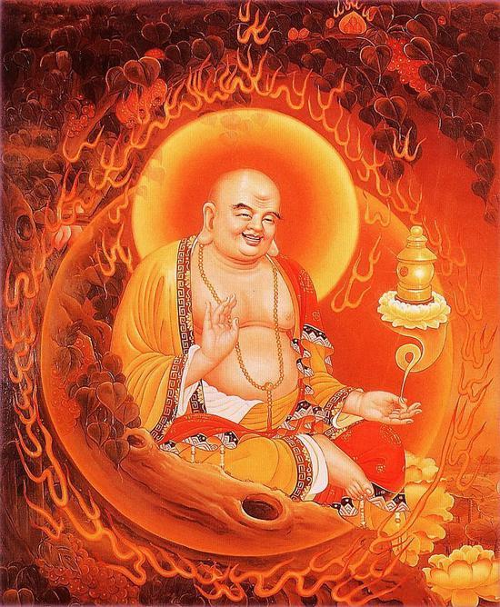 弥勒菩萨出生于印度波罗奈国,名为慈氏,又名阿逸多。