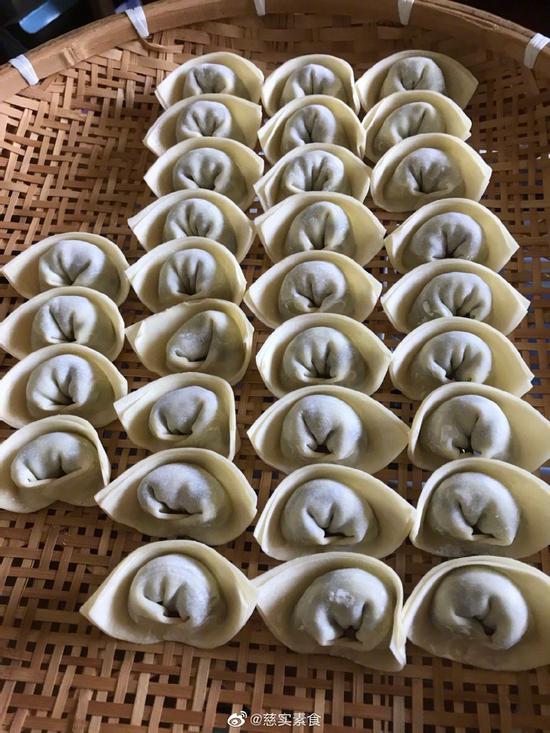 素食养生:香菇西葫芦馄饨