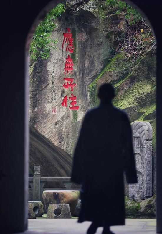 生死是人生的大患,生死流转的根源,就是'烦恼'。(摄影:惜缘小和尚)