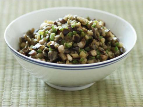 素食养生:炒茄泥