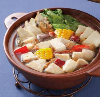 素食养生:风味素菜锅