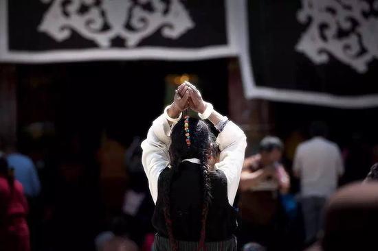 在寺院拜佛的十大礼仪