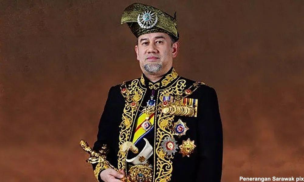 大马最高元首突然退位 都因这个莫斯科小姐?