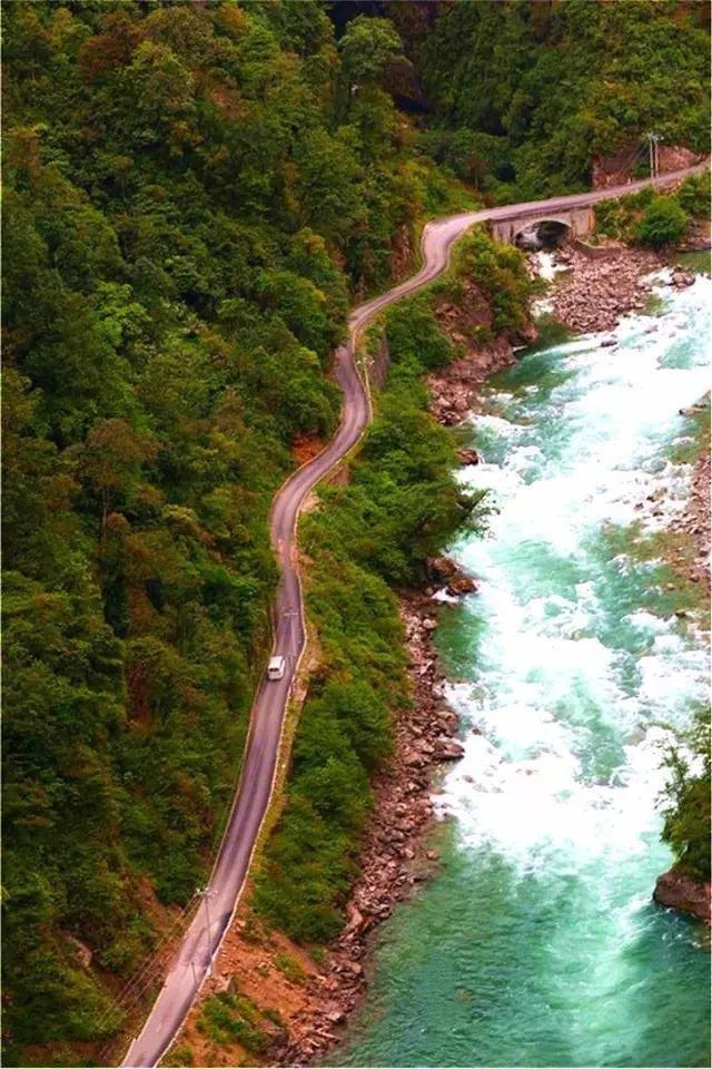 云南的12条魔鬼公路