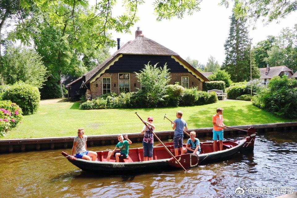 荷兰羊角村,画中的世界