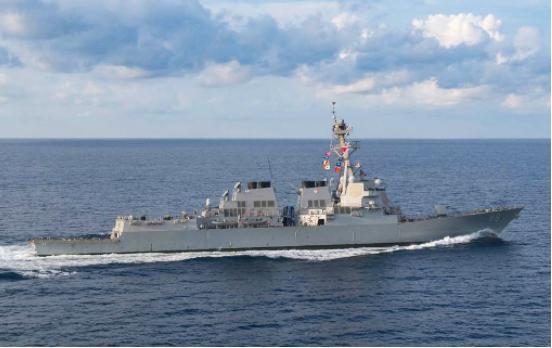 新年第一次,两艘美舰突然进入美济礁12海里,海军迅速出动拦截