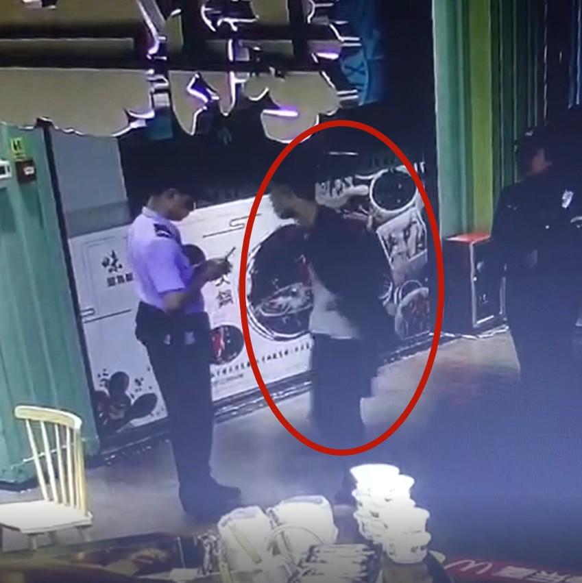 南宁:男子见到民警掉头就跑 原来是网上追逃人员