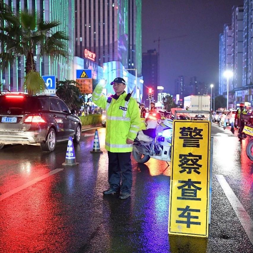 触目惊心!4月份南宁交警查处交通违法行为13万多起