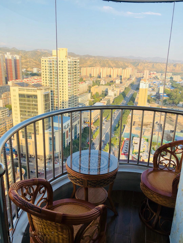 圆弧阳台  2020足彩吧圆阳台如何装修好 90平米房屋圆弧形小阳台装修