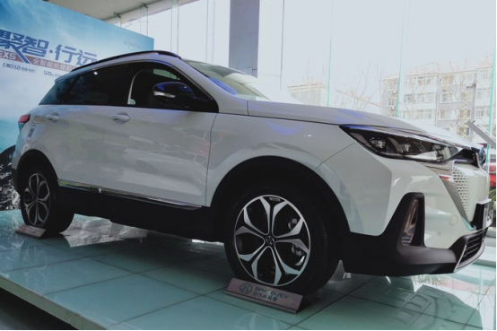 北汽新能源EX5这款电动SUV值得买吗