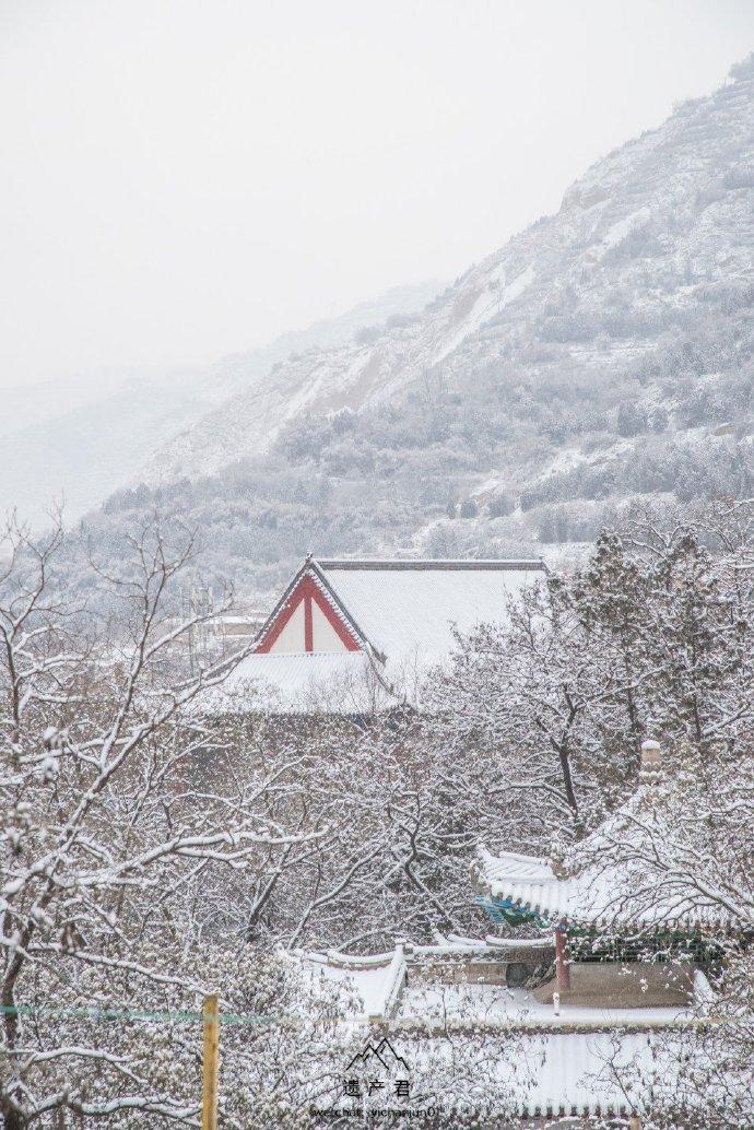 兰州五泉山的雪,中国传统建筑配上雪景
