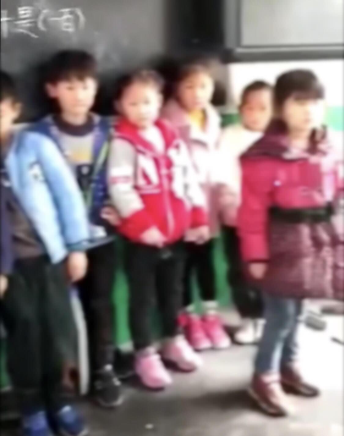 没订学校奶的小学生被罚站小学看订奶的喝?学深圳招生网讲台2017图片