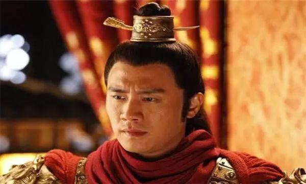 这场兵变让皇帝太囧,哗变士兵抢劫皇宫,禁卫军丢下皇帝全跑光!