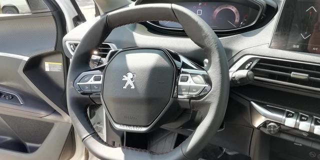 喜提法系车——标致4008 ,超车,提速,得心应手,就是这种感觉