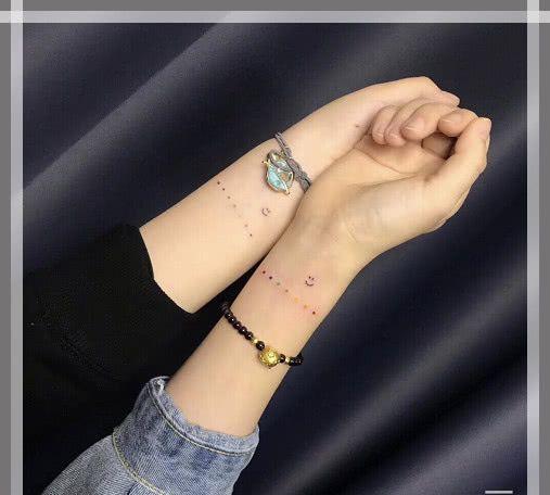 """偷偷纹的""""隐蔽泫雅风""""纹身:玩的就是心跳,校草:贼拉6宝贝!图片"""