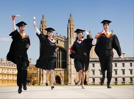 侨外英国移民:英国留学生毕业后将获得更多找工作时间