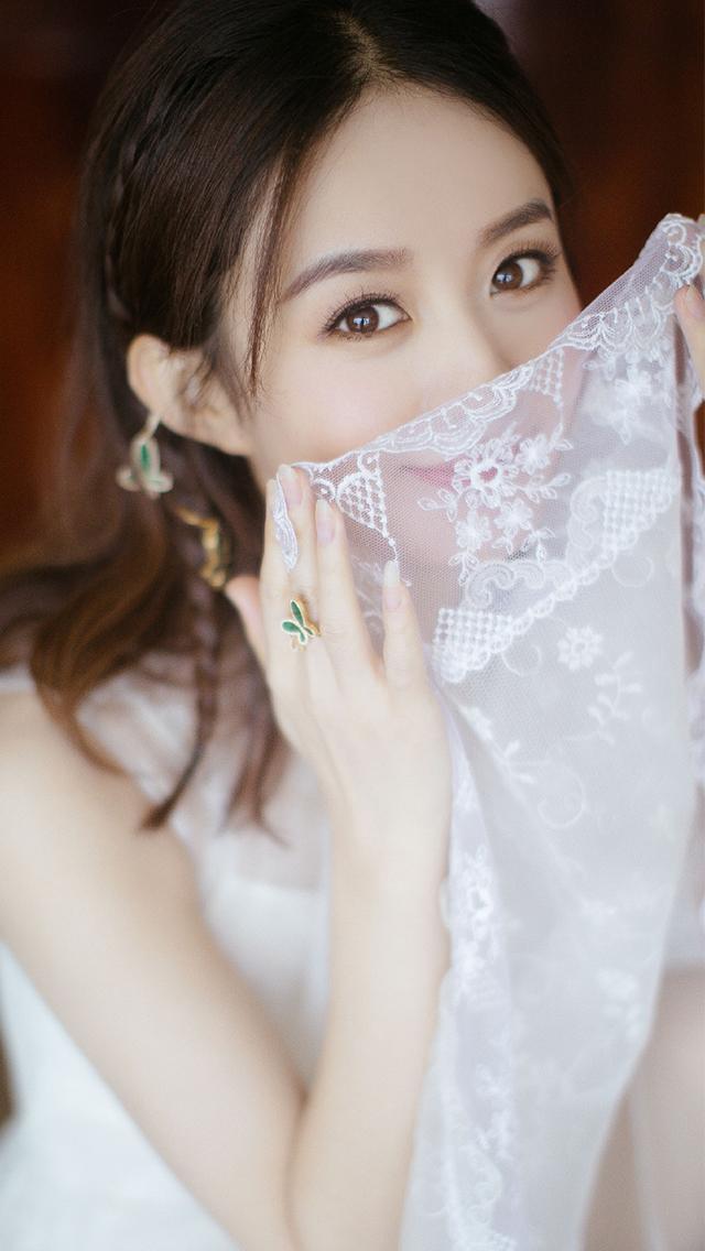 赵丽颖气质婚纱照写真手机壁纸,努力的女孩儿值得被很多人爱