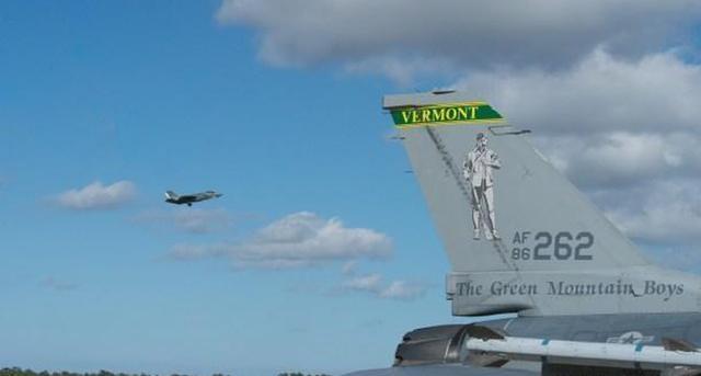军事资讯_空军上校私自架机升空,只为同情人约会