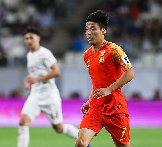 进2球后又犯老毛病!中国队这人难比孙兴慜,靠他或难夺冠?