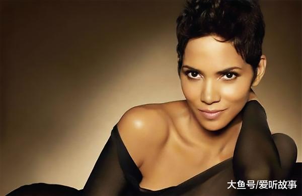 黑人干亚洲女_而且她还是影史上第一位获得奥斯卡金像奖的黑人女演员.