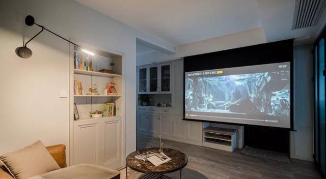 主卧电视墙壁柜子造型