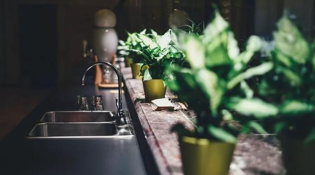 还在给孩子使用免洗洗手液?这3个事实你一定要知道!