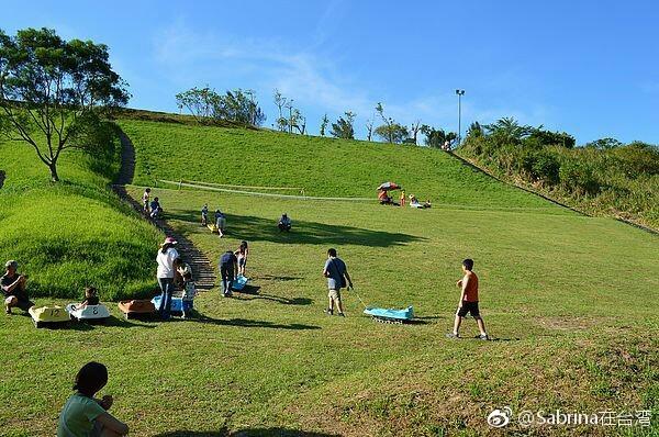 台湾台北木栅深坑一日小旅行,坐缆车看动物、老街吃豆腐