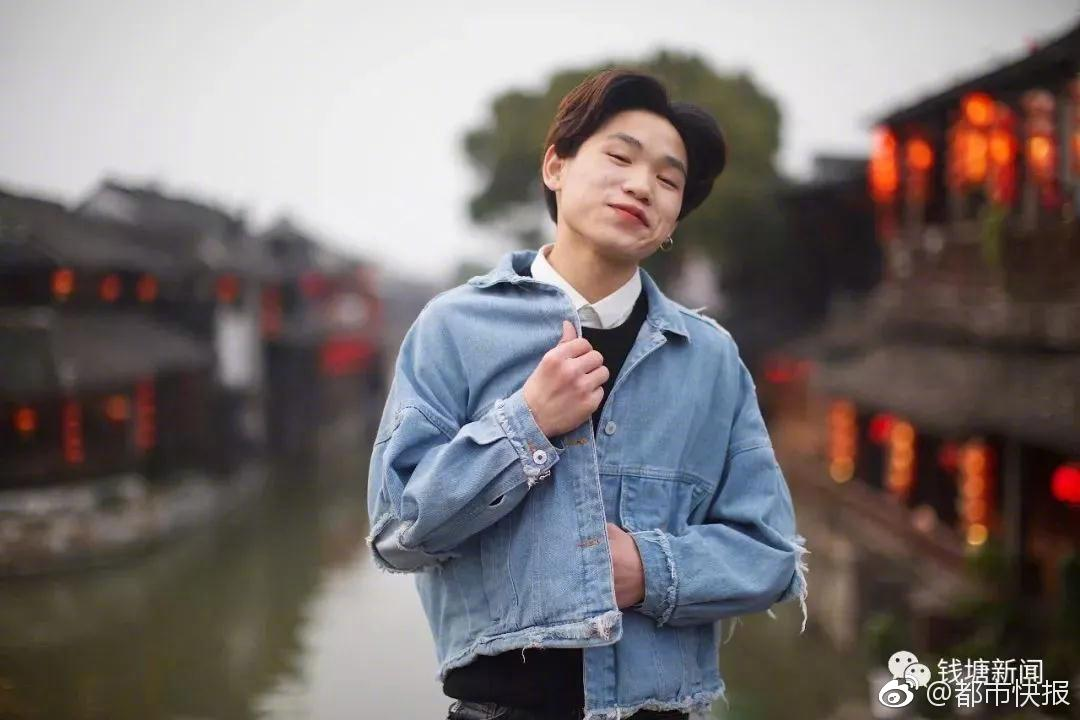 【bob安卓版】中国男人为何喜欢留八字胡