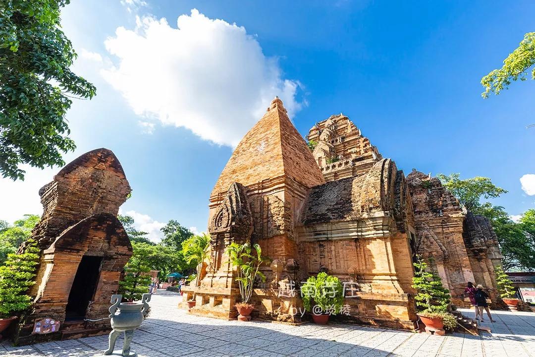"""越南的""""妈祖庙""""竟然是印度教建筑,还酷似吴哥窟"""