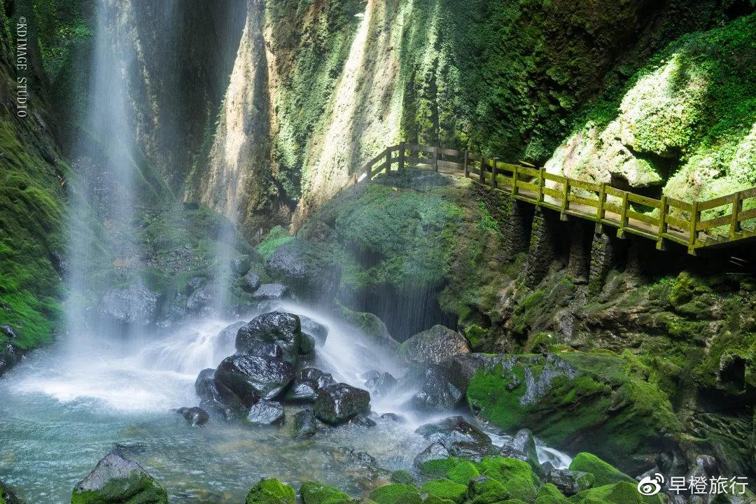 重庆武隆5公里长的地缝,被称为世界最美裂痕