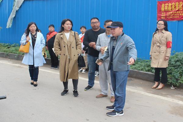 郑州铁三官庙小手小学拉大手参与家庭带动城的廊坊小学好图片