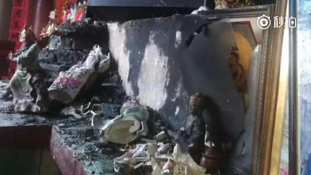 男子杀害两僧人,疑纵火焚尸致爆炸身亡