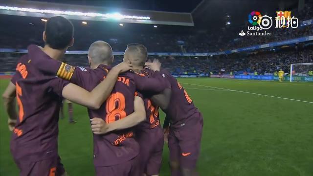巴萨庆祝西甲再夺冠