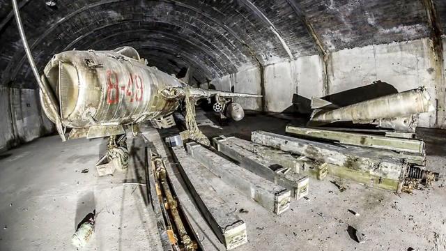 阿尔巴尼亚被遗弃的空军地下洞库