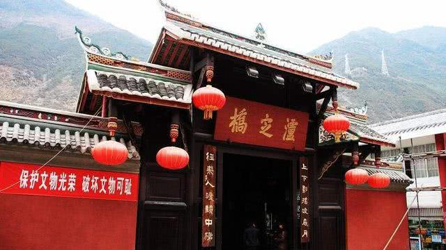 中国最铁血有故事的桥梁,票价只需要十元,历史让它千古流传