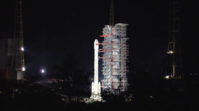 China launches Chang'e-4 to land on far side of Moon